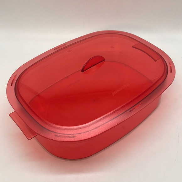 Tupperware  Servi Crystalware Oval  Container 2.1L